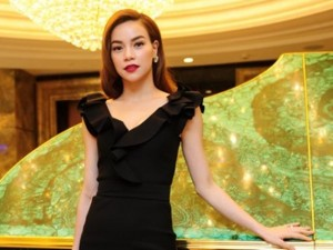 """Ca nhạc - MTV - Hụt giải lớn, Hà Hồ vẫn rạng ngời lên chức """"bà chủ"""""""