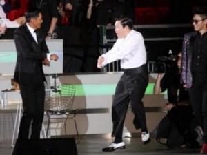 """Châu Nhuận Phát nhảy  """" Gangnam Style """"  cùng Psy"""