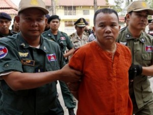 """Campuchia:  """" Bác sĩ """"  bị bắt vì lây nhiễm HIV cho 200 người"""