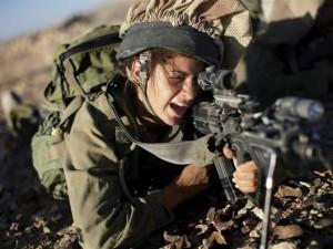 Thế giới - Quân đội Mỹ cho phép nữ chiến đấu như nam giới
