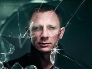 Hậu trường phim - Bất ngờ với bài báo chê James Bond thậm tệ