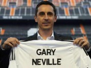 """Bóng đá - Valencia – Barca: Gary Neville """"né đòn"""""""