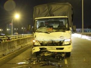 Tin tức trong ngày - Tai nạn chết người trên cầu dây văng hiện đại nhất TP.HCM