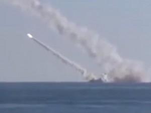 Thế giới - [Video] Tàu ngầm Kilo Nga bất ngờ bắn tên lửa diệt IS