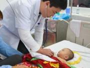 Bệnh trẻ em - Hóc đá dăm khi chơi đùa, bé 1 tuổi bị xẹp một bên phổi