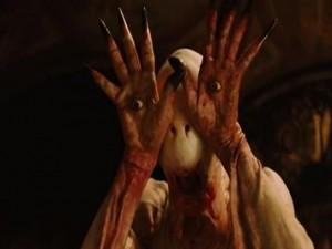 Phim - Video phim: Rùng mình với quái vật có mắt trên bàn tay