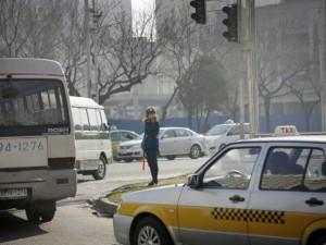 Thế giới - Phố xá Bình Nhưỡng bất ngờ nườm nượp xe hơi