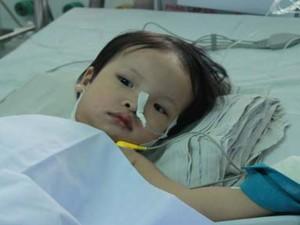 Sức khỏe đời sống - TP.HCM: Lần đầu tiên mổ nội soi cho bệnh nhi 18 tháng tuổi
