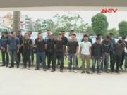 Video An ninh - 30 côn đồ Hà Nội trèo tường, truy sát chủ nhà