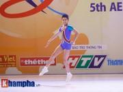 Thể thao - Bị sự cố nhạc, VĐV nhí VN vẫn dẫn đầu vòng loại Aerobic châu Á