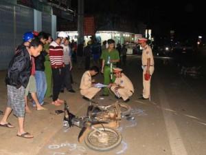 Tin tức trong ngày - Xe công nông gây tai nạn liên hoàn ở Đắk Lắk