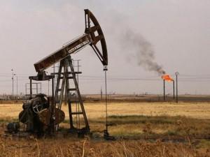 """Thế giới - IS đã """"ăn cướp"""" 50 triệu thùng dầu ở Syria"""