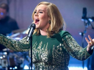 Adele ẵm giải Nghệ sĩ của năm tại BBC Music Awards