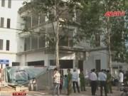 Video An ninh - Hậu Giang: Sập giàn giáo, 3 công nhân rơi từ tầng bốn