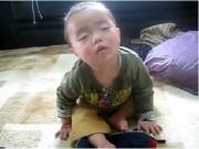 """Video An ninh - Cười """"rớt hàm"""" với những clip siêu dễ thương về các bé"""
