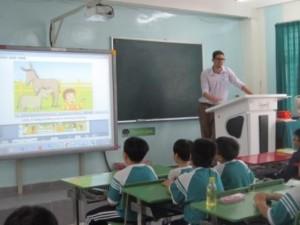 Giáo dục - du học - Dạy tiếng Anh bằng... tiếng Việt!