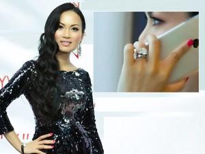 Ca nhạc - MTV - Em gái Cẩm Ly khoe nhẫn chỉ có 2 chiếc trên thế giới
