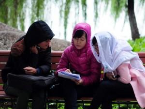 Tin tức trong ngày - Ảnh: Người Hà Nội giữa cái lạnh tê tái