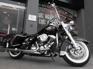 """Ô tô - Xe máy - Ngắm """"vua đường phố"""" Harley Davidson Road King Classic"""