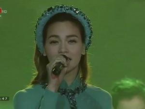 Ca nhạc - MTV - Hà Hồ hát remix 'Quảng Bình quê ta ơi' gây tranh cãi