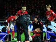 Bóng đá - Tranh bóng với Alves, sao Quảng Châu gãy chân rợn người