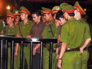 Tin tức trong ngày - Diễn biến tâm lý 3 bị cáo tại phiên xử thảm án ở Bình Phước