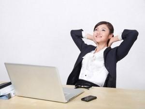Làm đẹp - 6 bài tập 5 phút giúp dân văn phòng giữ dáng đẹp