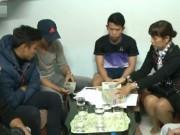 Video bóng đá hot - Ngọc Hải thẫn thờ nhìn người khác đếm 834 triệu đồng