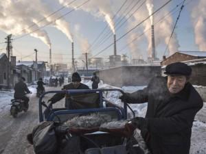 Thế giới - Ảnh: Cuộc sống tại nơi ô nhiễm bậc nhất thế giới ở TQ