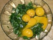 Sức khỏe đời sống - Những người tuyệt đối không được ăn món trứng gà ngải cứu