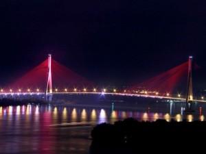 Ngắm dàn đèn nghệ thuật gần 30 tỷ đồng trên cầu Cần Thơ