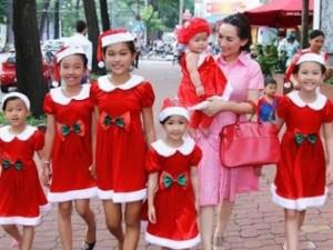 Đời sống Showbiz - Phi Nhung: 'Vì các con, tôi không tìm hạnh phúc riêng'