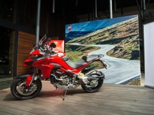 Ô tô - Xe máy - Mô tô thể thao hiện đại hơn xe hơi ở Việt Nam