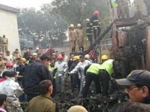Thế giới - Máy bay rơi xuống thủ đô Ấn Độ, 10 người tử nạn