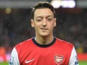 Bóng đá - Ozil kiến tạo chấp cả đội hình MU và Chelsea