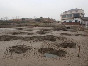 Phi thường - kỳ quặc - Bên trong ngôi làng 'hố tử thần' ở Trung Quốc