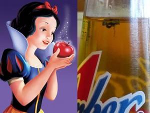 Đời sống Showbiz - Facebook sao 23/12: Chai nước có ruồi, quả táo Bạch Tuyết