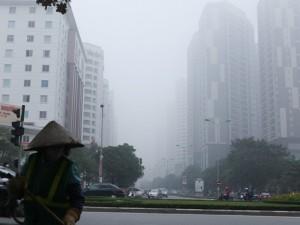 Tin tức trong ngày - Ảnh: Sương mù dày đặc bao phủ Hà Nội