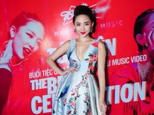 Ca nhạc - MTV - Tóc Tiên gợi cảm ra mắt MV 'ăn chơi'