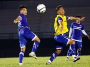 Bóng đá - U23 VN: Ngỡ ngàng chấn thương của em họ Văn Quyến