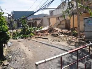 Tin tức trong ngày - Sập tường, mảng bê-tông hàng tấn đè chết nam thanh niên