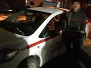 An ninh Xã hội - Bắt hai đối tượng dùng dao khống chế tài xế, cướp taxi