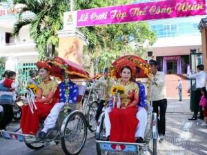 Bạn trẻ - Cuộc sống - Xúc động đám cưới những công nhân nghèo ở Đà Nẵng