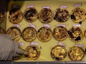Thế giới - TQ: Phát hiện 285 đồng tiền vàng trong mộ cổ ngàn năm