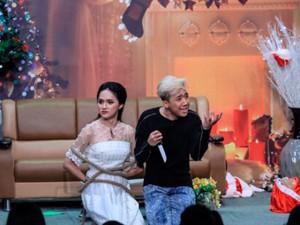 """Video Clip Cười - Ơn giời cậu đây rồi tập 9: Hương Giang Idol """"yêu"""" Trấn Thành"""
