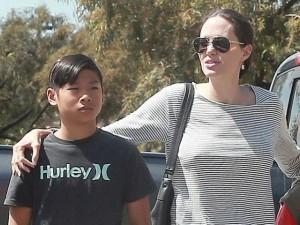 Đời sống Showbiz - Con trai nuôi gốc Việt của Angelina Jolie gặp sự cố tại Thái Lan