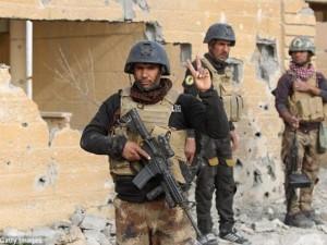 Thế giới - Cảnh điêu tàn trong thành phố Iraq chiếm lại từ tay IS