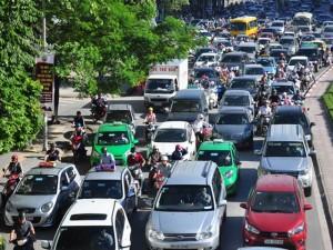 Tin tức trong ngày - TS Lương Hoài Nam nói về chuyện cấm xe máy ở Hà Nội, TPHCM
