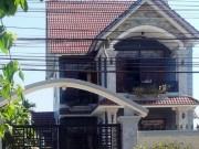 Tin tức trong ngày - Vụ nổ súng ở nhà bí thư huyện: Nhà mất vàng và tiền mặt
