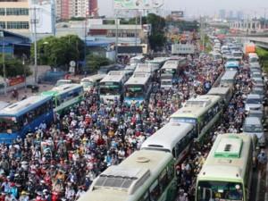 Tin tức trong ngày - Kẹt xe kinh hoàng trên xa lộ Hà Nội